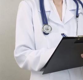 По предложению «Единой России» выплаты врачам, борющимся с коронавирусом, не будут облагать налогом
