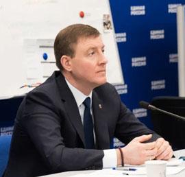 Андрей Турчак: На этой неделе в регионы поступит еще 500 тысяч масок от «Единой России»
